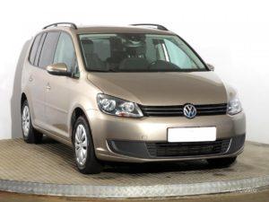 Volkswagen Touran mpv, rok 2015